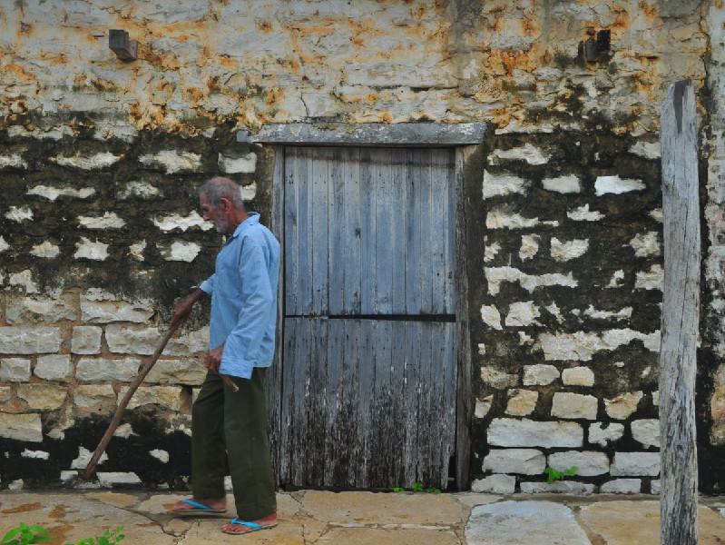 Gravação do documentário Mato Alto: Pedra por Pedra, de Arthur Leite, de Quixeré, no Ceará.