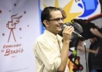 O diretor Fabiano Silva Ferreira em apresentação dos selecionados da quinta edição, no Rio de Janeiro.